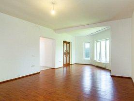 Casa de vânzare 5 camere, în Bucuresti, zona Giulesti