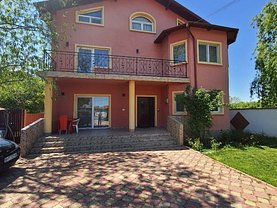 Casa de vânzare 7 camere, în Lucianca