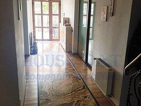 Casa de vânzare 8 camere, în Bucureşti, zona Colentina