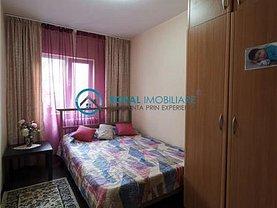 Apartament de vânzare 4 camere, în Ploieşti, zona 9 Mai