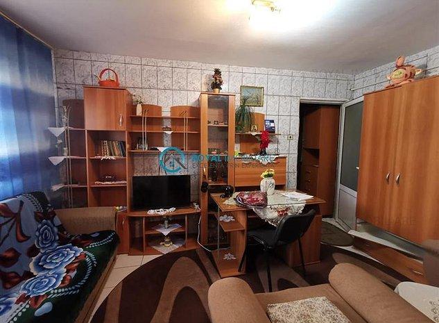 Royal Imobiliare - Vanzari Apartamente Malu Rosu - imaginea 1