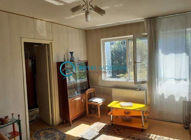 Royal Imobiliare - Vanzari Apartamente Marasesti - imaginea 1