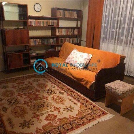 Royal Imobiliare - Vanzare Apartament zona Ultracentrala - imaginea 1