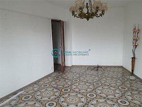 Apartament de vânzare 2 camere, în Ploieşti, zona P-ţa Mihai Viteazu