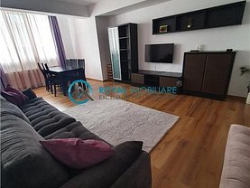 Apartament de închiriat 3 camere, în Ploieşti, zona 9 Mai
