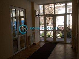 Casa de închiriat 5 camere, în Ploiesti, zona Ultracentral