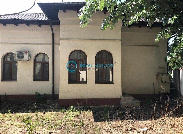 Royal Imobiliare - Vanzari Case zona Centrala - imaginea 1