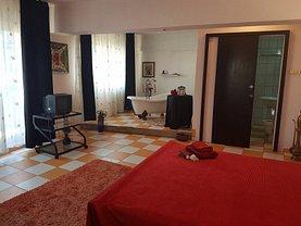 Apartament de închiriat 2 camere, în Bucuresti, zona P-ta Universitatii