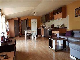 Apartament de închiriat 3 camere, în Constanta, zona Central