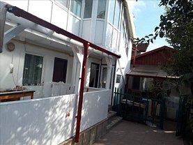 Casa de închiriat 3 camere, în Constanta, zona Far