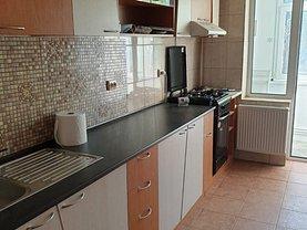Apartament de închiriat 4 camere, în Galaţi, zona Central