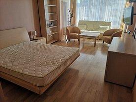 Apartament de închiriat 3 camere, în Galaţi, zona Faleză