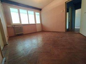 Apartament de vânzare 3 camere, în Galaţi, zona Ţiglina 2