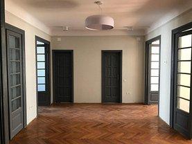 Apartament de închiriat 5 camere, în Bucuresti, zona Cismigiu