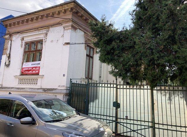 casa Hala Traian - imaginea 1