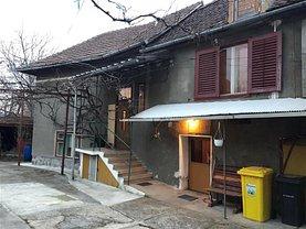 Casa de vânzare 3 camere, în Cisnadie, zona Ultracentral