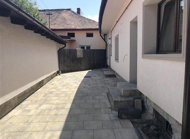 Casa de inchiriat in Sibiu zona Piata Cibin - imaginea 1
