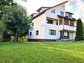 Casa de vânzare 9 camere, în Ghioroc, zona Central