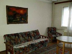 Apartament de vânzare 3 camere, în Ploieşti, zona Sud