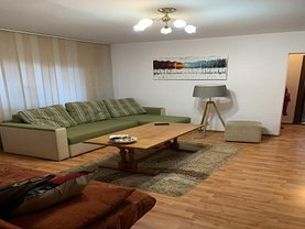 Apartament de vânzare 2 camere, în Ploieşti, zona Eroilor