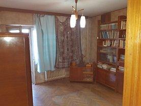 Apartament de închiriat 4 camere, în Bucureşti, zona Titulescu