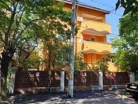 Casa de vânzare sau de închiriat 12 camere, în Bucuresti, zona Drumul Sarii