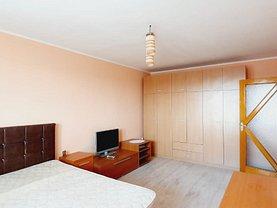 Apartament de vânzare 2 camere, în Galaţi, zona Micro 18