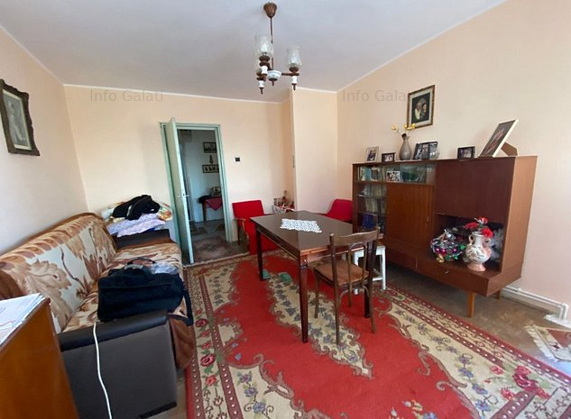 Apartament decomandat, 3 camere Centru, 76mp, Vedere Dunare - imaginea 1