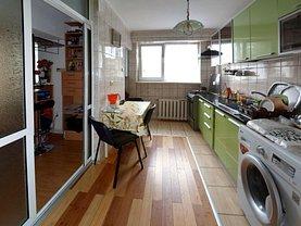 Apartament de vânzare 2 camere, în Galati, zona Micro 17