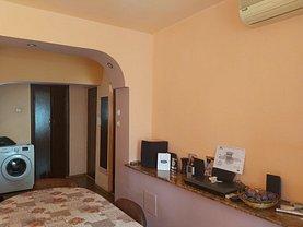 Apartament de vânzare 2 camere, în Craiova, zona Lăpuş