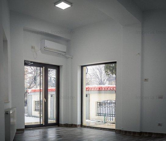 Spatiu Central, pretabil birouri, cladire 2018 - imaginea 1