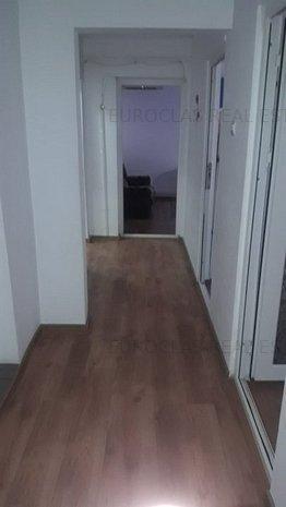 Apartament 3 camere - Dacia - 300 euro/luna sau 80.000 euro la vanzare - imaginea 1