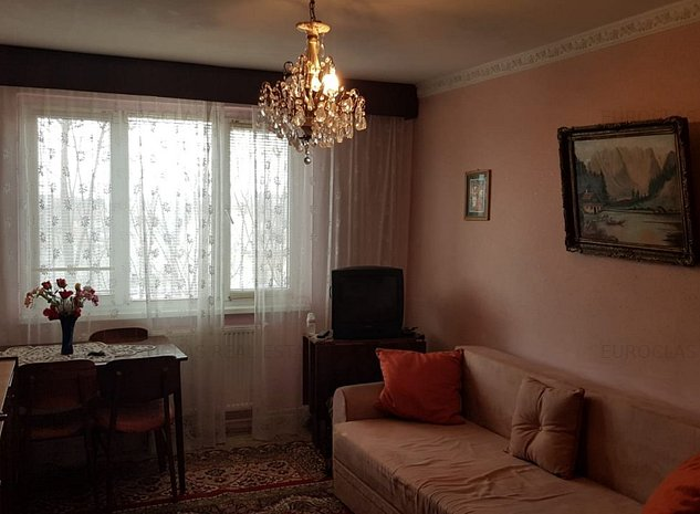 Apartament 2 camere - Centru-Sala Sporturilor - 61.000 euro (E4) - imaginea 1