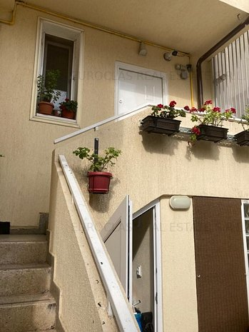 Vila 6 camere pozitie excelenta centrul Constantei - 249.000 euro (E9) - imaginea 1