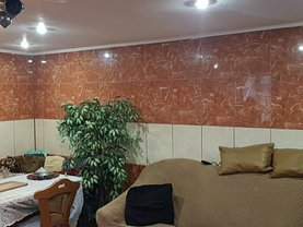 Casa de vânzare 5 camere, în Constanţa, zona Coiciu