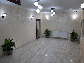 Casa de vânzare 4 camere, în Mamaia, zona Central