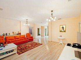 Apartament de vânzare 4 camere, în Galaţi, zona Ultracentral