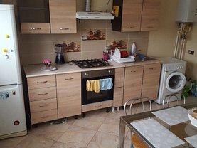 Casa de închiriat 2 camere, în Galati, zona Micro 14