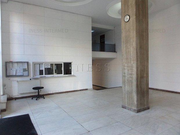 spatii birouri Universitate - de la 22 la 47mp - imaginea 2