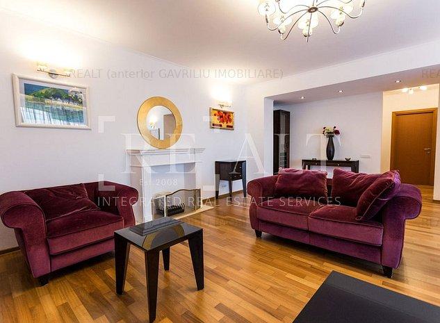 Inchiriere apartament 3 camere | Renovat 2021, Vedere circ | Central Park - imaginea 1