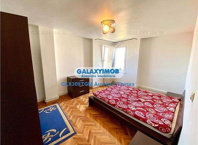 Inchiriez apartament cu 3 camere ultracentral aproape de Teatru - imaginea 1