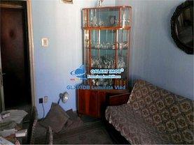 Apartament de vânzare 4 camere, în Targoviste, zona Micro 9