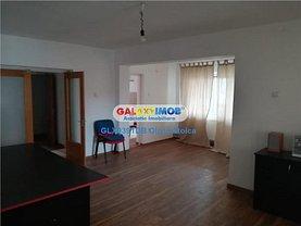 Apartament de vânzare 4 camere, în Targoviste, zona Micro 3