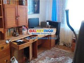 Apartament de vânzare 2 camere, în Târgovişte, zona Micro 6
