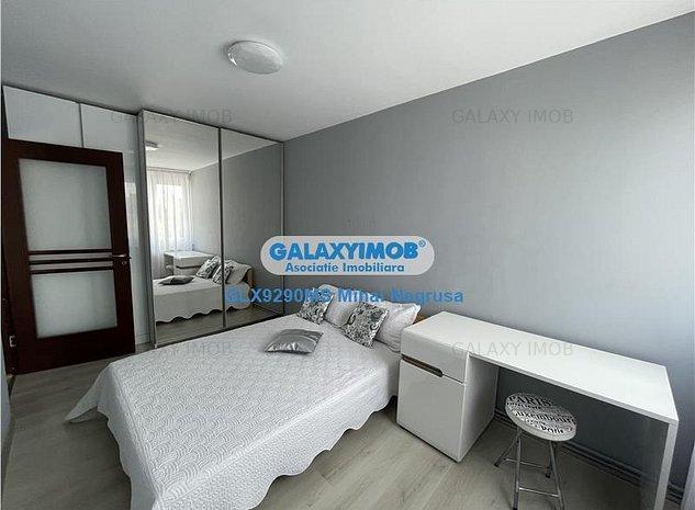 Vanzare apartament decomandat 3 camere, mobilat si utilat, 7 Noiembrie - imaginea 1