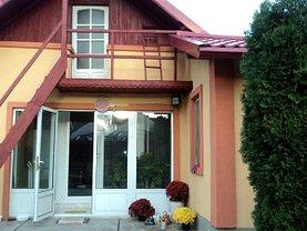 Casa de închiriat 4 camere, în Targoviste, zona Central