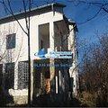 Casa de vânzare 5 camere, în Răzvad, zona Central
