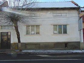 Casa de vânzare 2 camere, în Targu Mures, zona Central