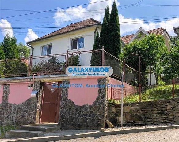 Vand casa cu 5 camere in Sighisoara, 250mp si teren 1000 mp - imaginea 1