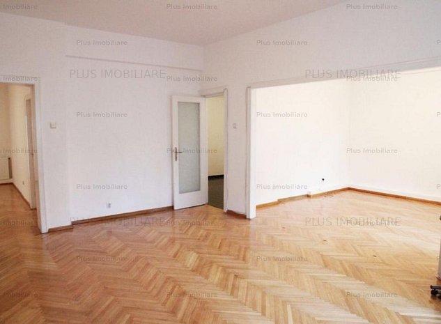 Apartament 4 camere nemobilat situat in zona Piata Rosetti - imaginea 1
